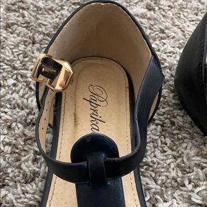 Paprika Shoes - Black sandals